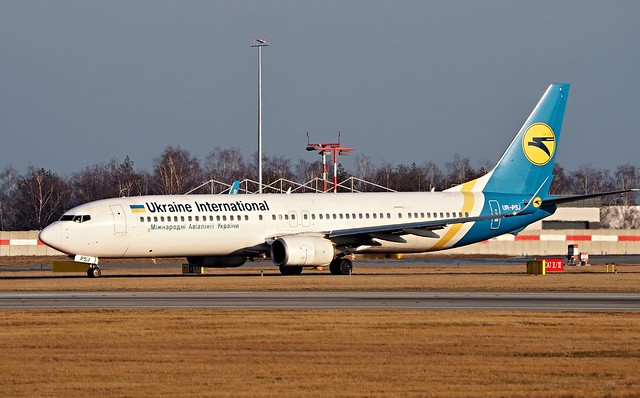 Boeing 737-9KV  UR-PSJ — Ukraine International Airlines
