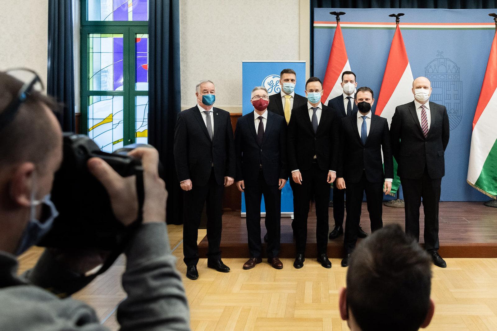 3,3 millárdos projektet jelentett be Szegedre és Budapestre a General Electric