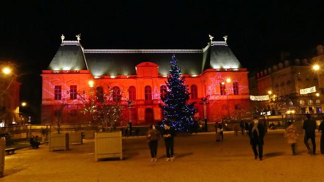 Les Lumières du Parlement de Bretagne   . . .  ( In Explore ).