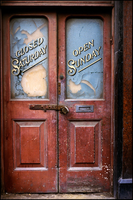 Closed Saturday, Open Sunday, shop door, Brick Lane, Spitalfields, Tower hamlets, ca 1980 8x-spitalfields1-Edit_2400