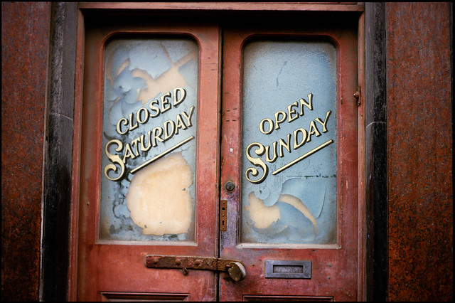 Closed Saturday, Open Sunday, shop door, Brick Lane, Spitalfields, Tower hamlets, ca 1980 8x-spitalfields2-Edit_2400