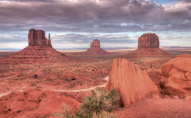 The Mittens, Monument Valley, April 2014 archives. Explored