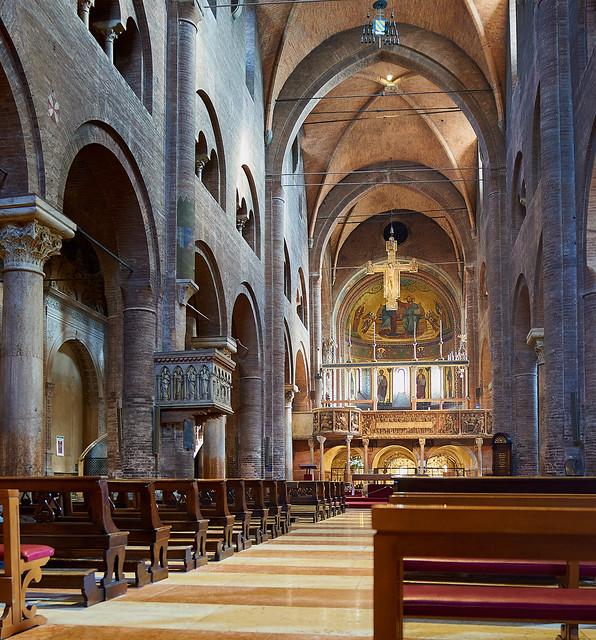 Interno del Duomo di Modena