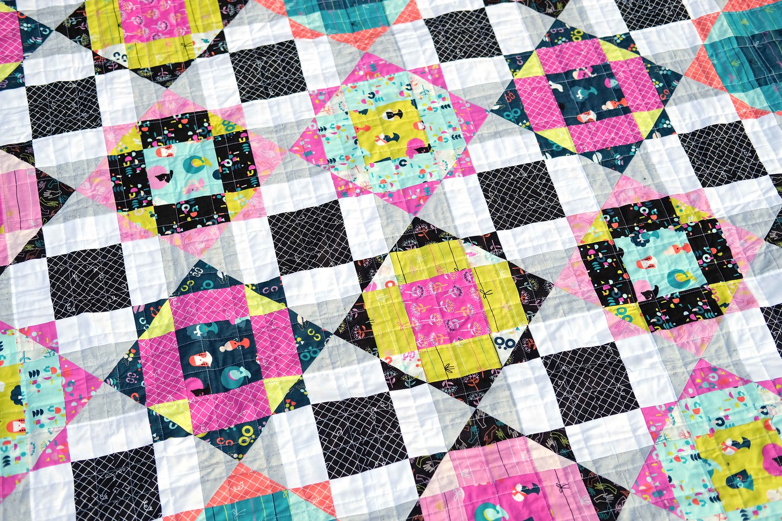 The Naomi Quilt - Kitchen Table Quilting