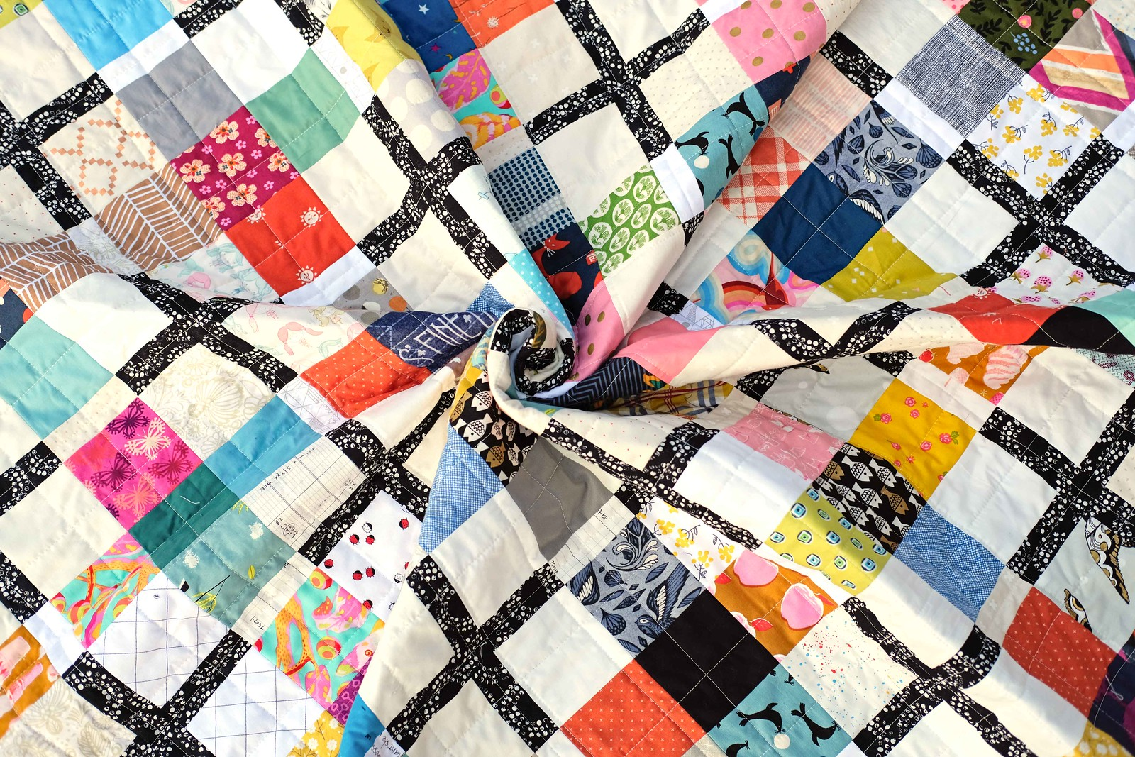 A Scrappy Ruth Quilt - Kitchen Table Quilting