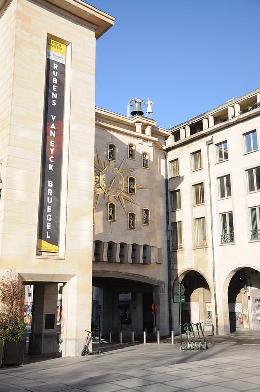 Carillon du Mont des Arts y parte del Palacio de la Dinastía I