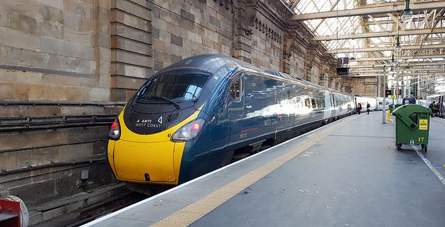 Avanti West Coast Class 390152