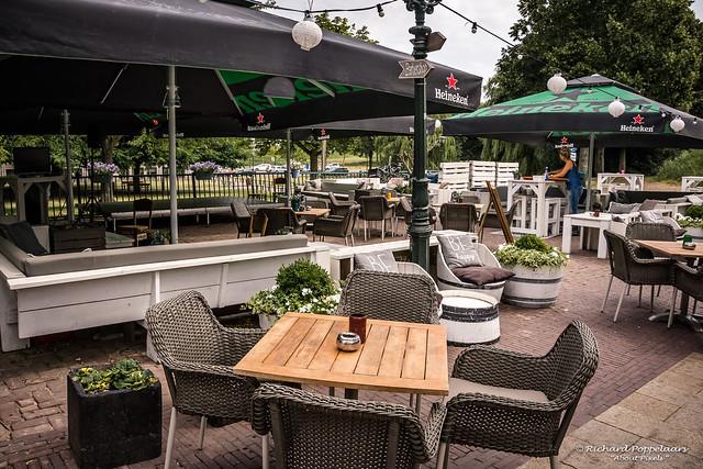 Klaar voor een gezellig terrasjes weekend - Muziekcafe 't Barbiertje (Hellevoetsluis/NL)