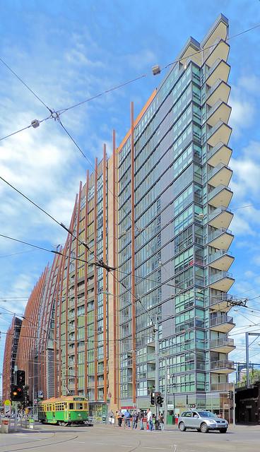 MELBOURNE 2014 - Architecture   (#2021.20 in series) - Melbourne VIC AU  25Mar2014 sRGB web