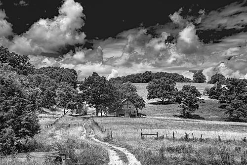 farm barn clouds landscape bw monroecounty bobbell nikon d750 wv westvirginia lindside cooksrun dirtroad