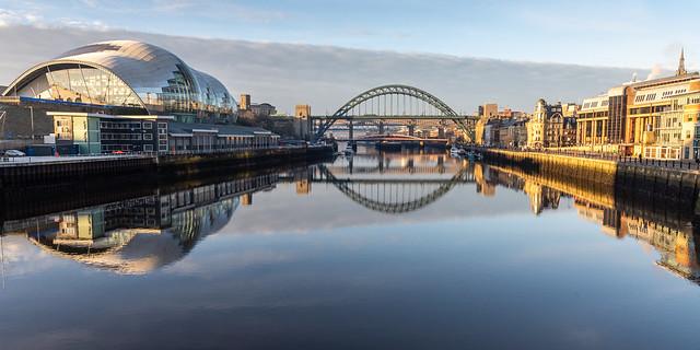 Dawn on the River Tyne in Newcastle/Gateshead