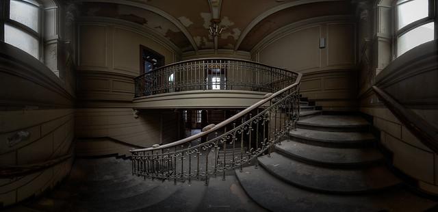 Es läuft im alten Treppenhaus...