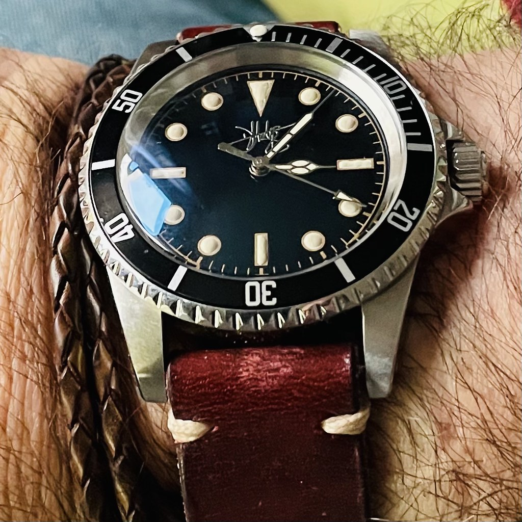 DHodge Divers Watch