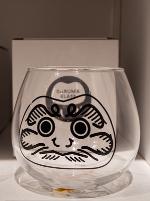 Nihon_arekore_02303_Daruma_glass_100_cl