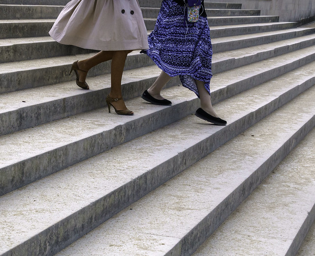 Mother and Daughter Walking Down Steps in the Tuileries Garden - Paris 22