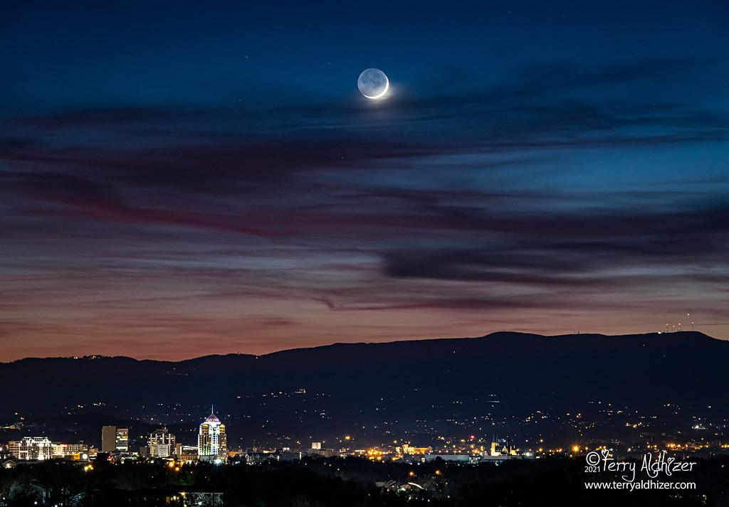 Winter Welkin Crescent Moon Roanoke Valley