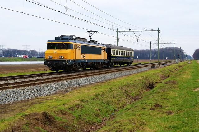 1768 - NSM + Pullman 4129 - ZLSM - Sint Joost