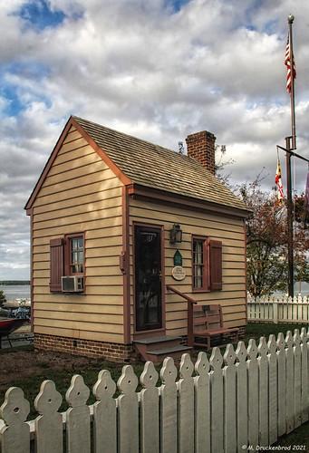 oxfordmarylandoxfordcustomhouse customhouse federalcustomhouse tredavonriver townofoxford oxfordmd maryland md sunset marylandeasternshore waterfronttown talbotcountymd