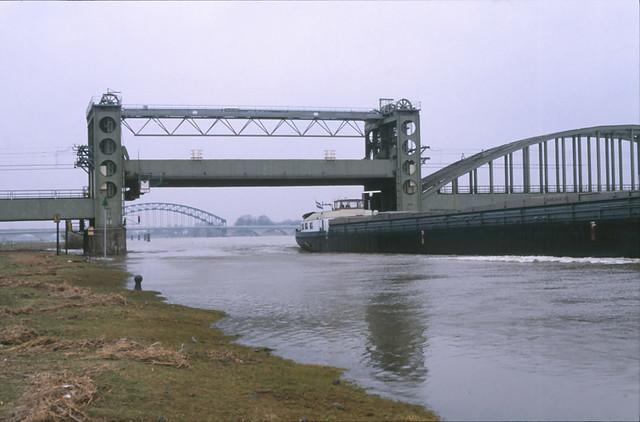 98400931-21501 Zwolle 22 februari 1997