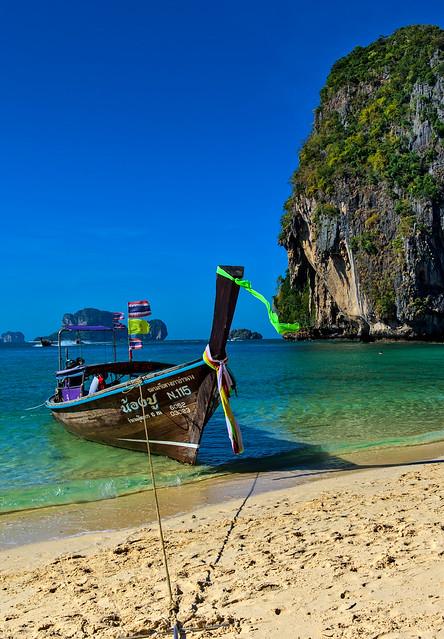 Sandy beach in paradise [Explore]