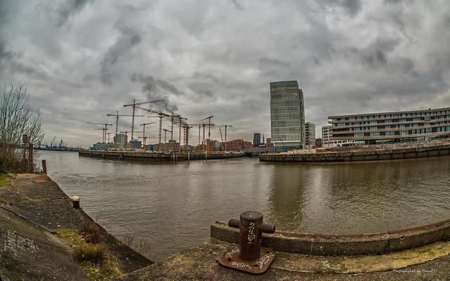Hamburg - Überseeplatz - Hafen City
