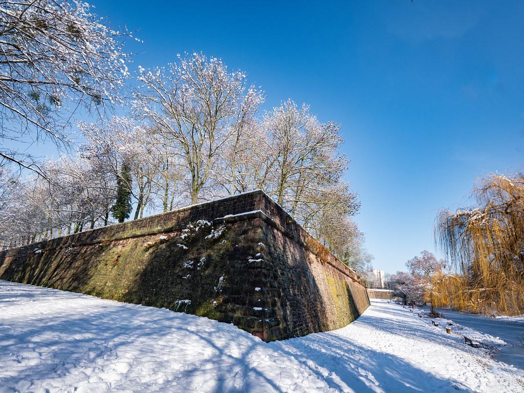 Belle journée d'hiver au Parc de la Citadelle... + ajout 50839168732_f53d18468e_b
