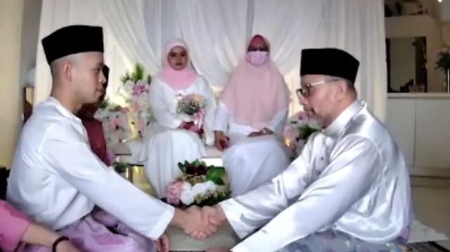 Pelakon Filem Mukhsin Kini Bergelar Isteri, Sharifah Aryana &Amp; Suami Selamat Bernikah