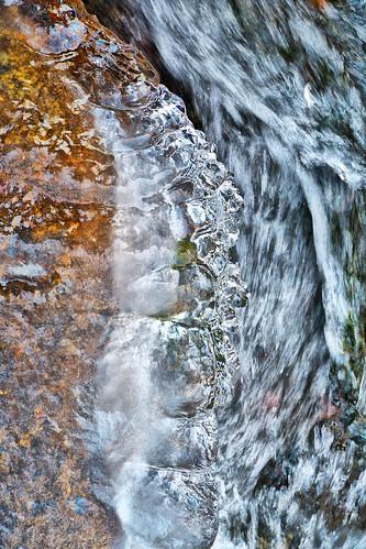 eechillington nikond7500 viewnxi corelpaintshoppro bellscanyon ice water rocks patterns texture utah