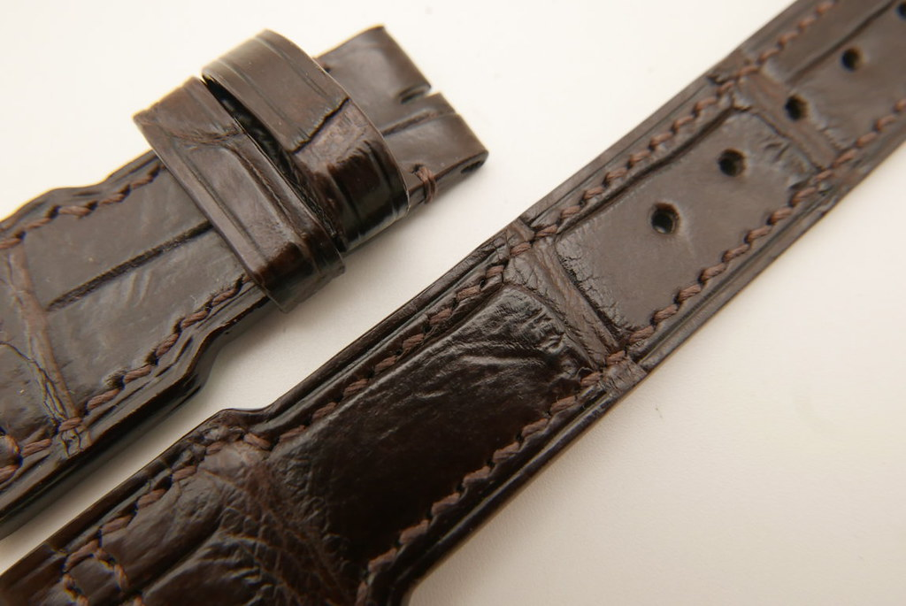 P1740653 (FILEminimizer)   by Ziczac Leather