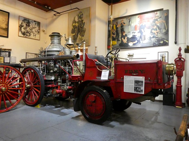 FDNY - 1912 American LaFrance Steam Pumper with Van Blerck Tractor - Old Engine 93 (2)