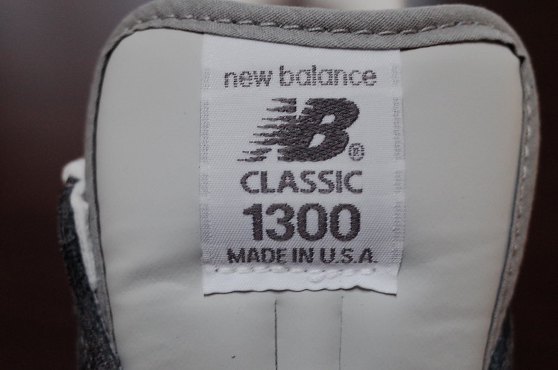 NEW BALANCE M1300CLSロゴ