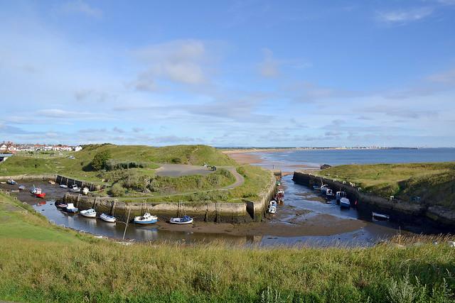 Seaton Sluice harbour at low tide