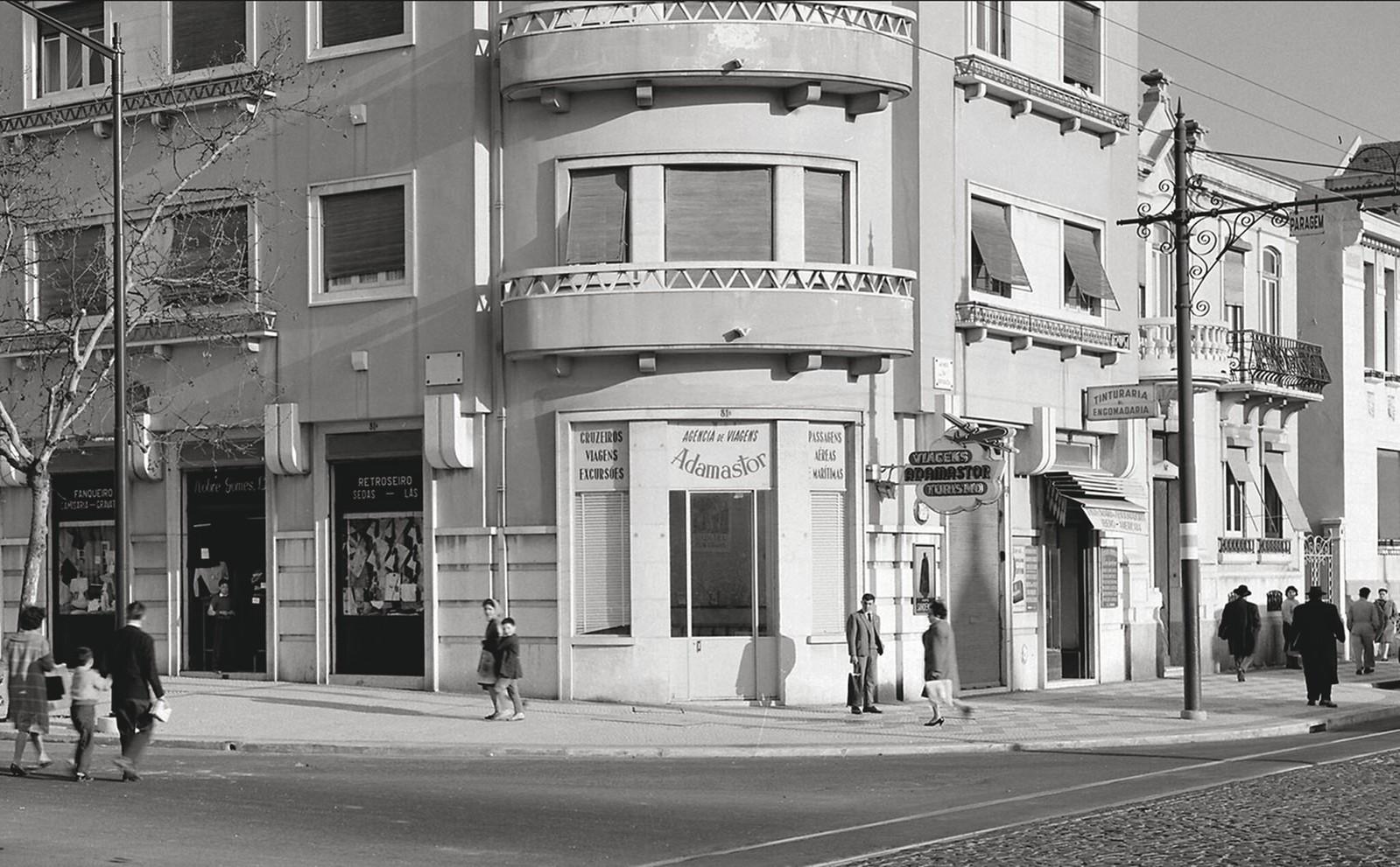 …, Lisboa, 195... Horácio de Novaes, in Bibliotheca d' Arte da F.C.G.