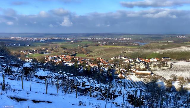 Blick von Löwenstein über den Breitenauer See ins Weinsberger Tal