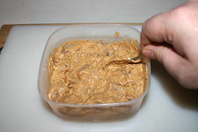 10 - Mix well & marinate / Gründlich vermischen & marinieren lassen