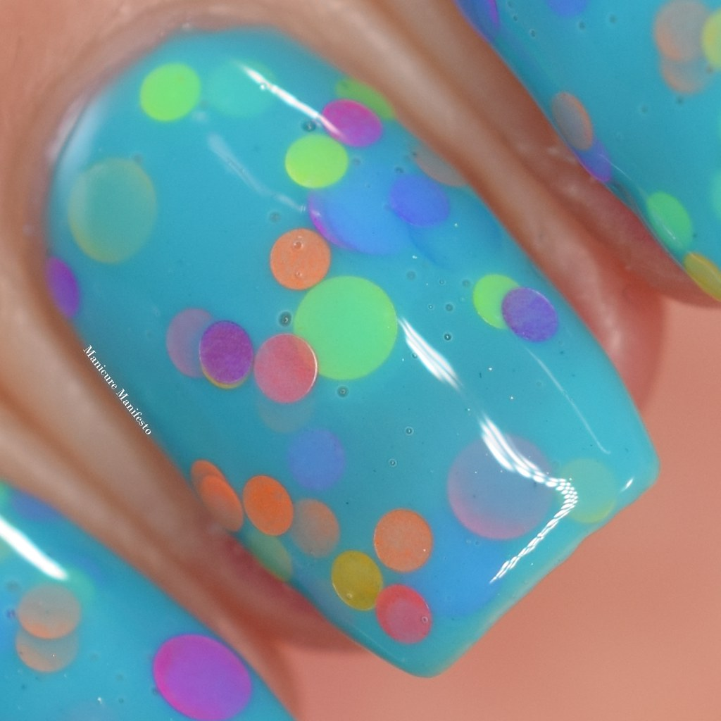 Girly Bits Cosmetics Dreams Down Under review