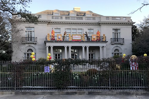 Mardi Gras house on St Charles