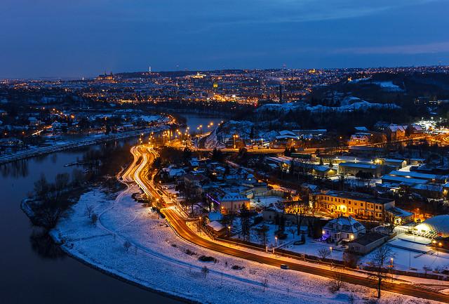 Zimní Praha z Bohnické vyhlídky