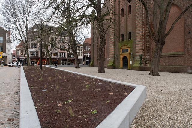 Nieuw plein voor de Akerk