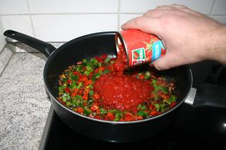 36 - Deglaze with tomatoes / Mit Tomaten ablöschen