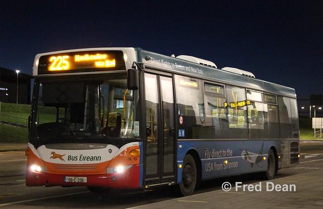 Bus Eireann SL13 (09C236).