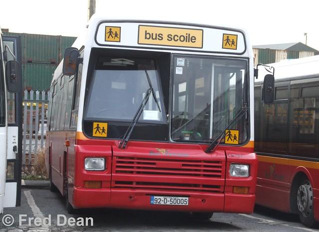 Bus Eireann LS137 (92D50005).