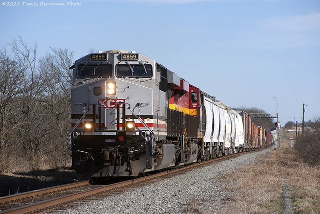 ATDA2 with KCS 4859 between Greenville and Farmersville, Tx