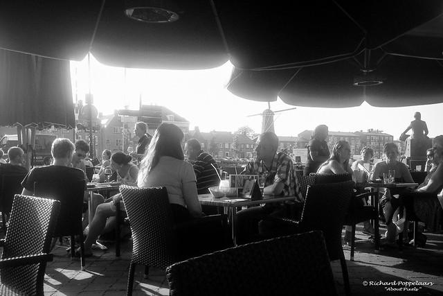 Best time to enjoy a good terrace - Restaurant Stars (Hellevoetsluis/NL)