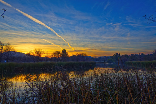 olympus landscape dawn sunrise mountain pond nature clouds reflections