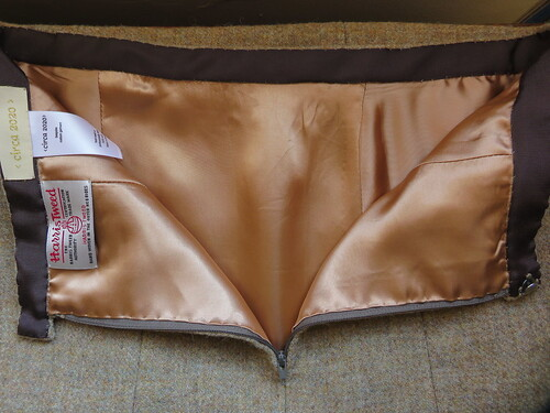 Vogue 8045 interior waistband | by MezzoCouture