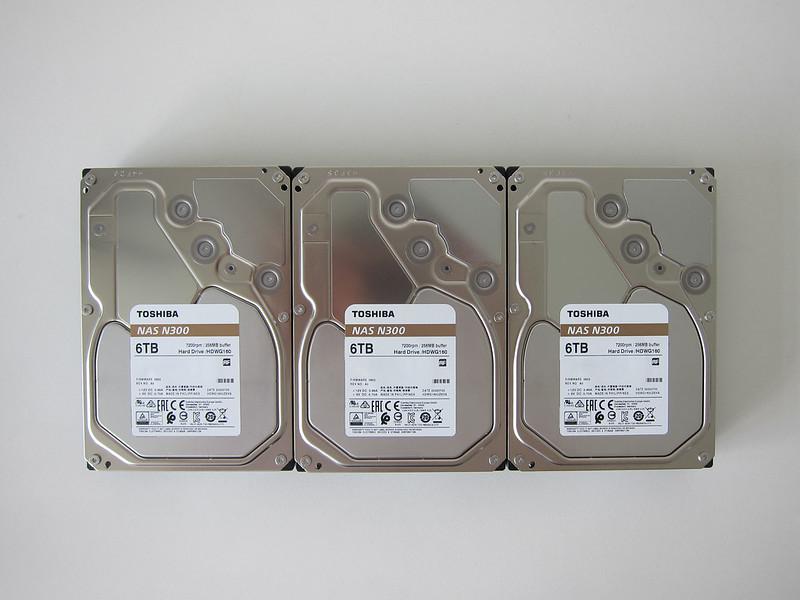 ASUSTOR AS6604T - Toshiba N300 Hard Drives