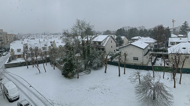 2021.01.16.07 NOISY-LE-GRAND - Il neige