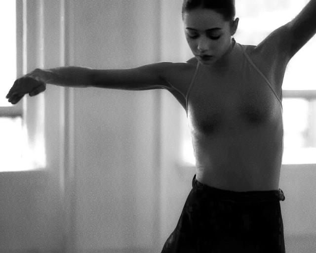 Dance ¬ 0940