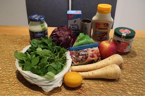 Zutaten für Wintersalat mit Pastinaken und Apfel